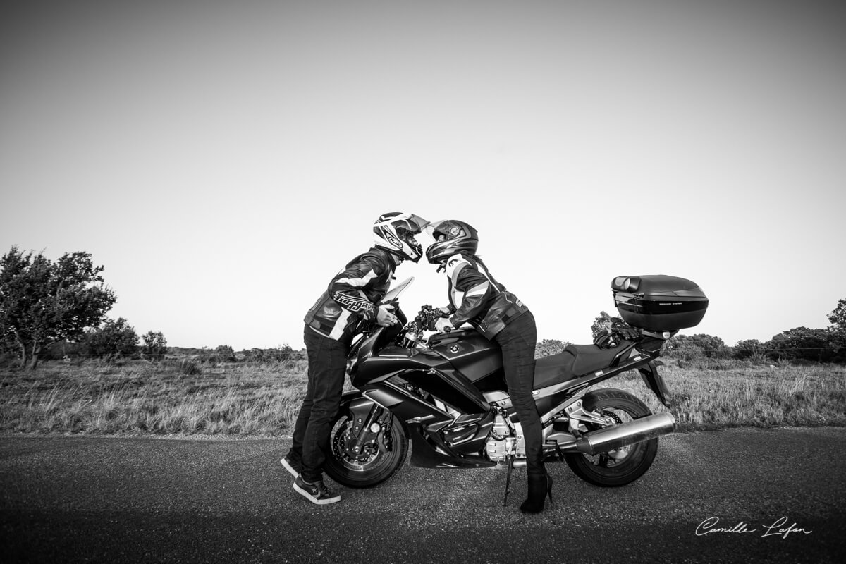 photographe couple montpellier moto petit prince