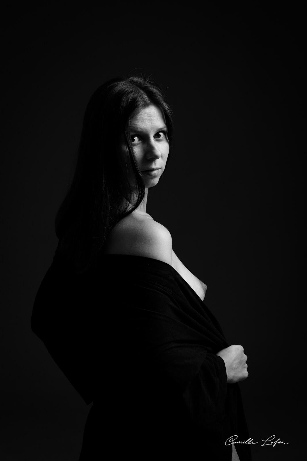 photographe-grossesse-naissance-montpellier-studio
